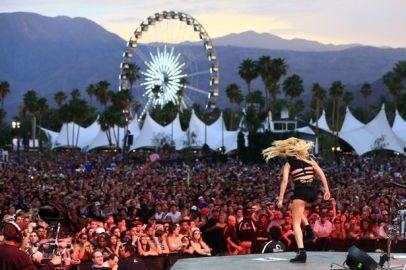 £££-Singer-Ellie-Goulding.jpg